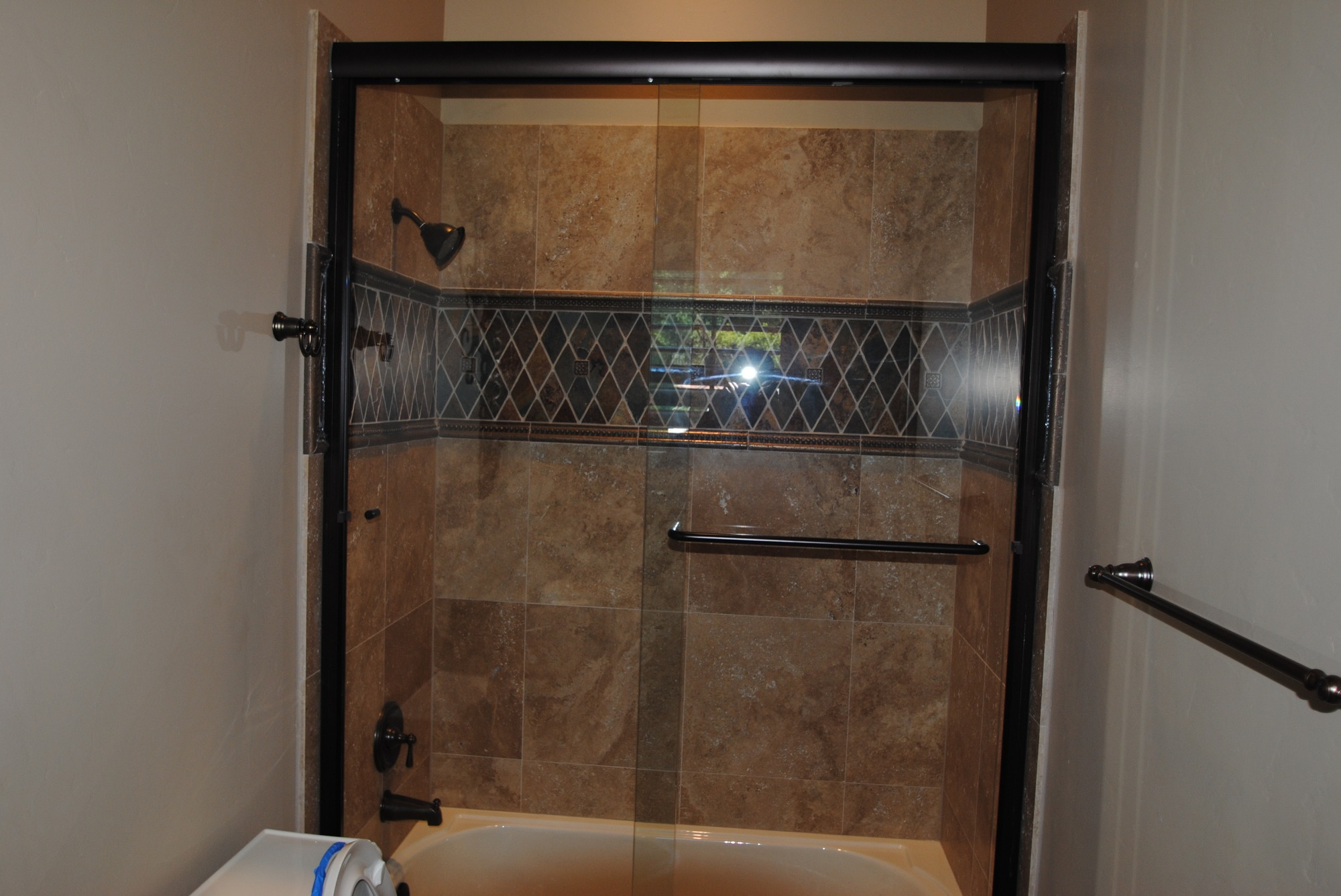 Amazing Bathroom Shower Tub Tile Design Ideas 2000 x 1338 · 437 kB · jpeg